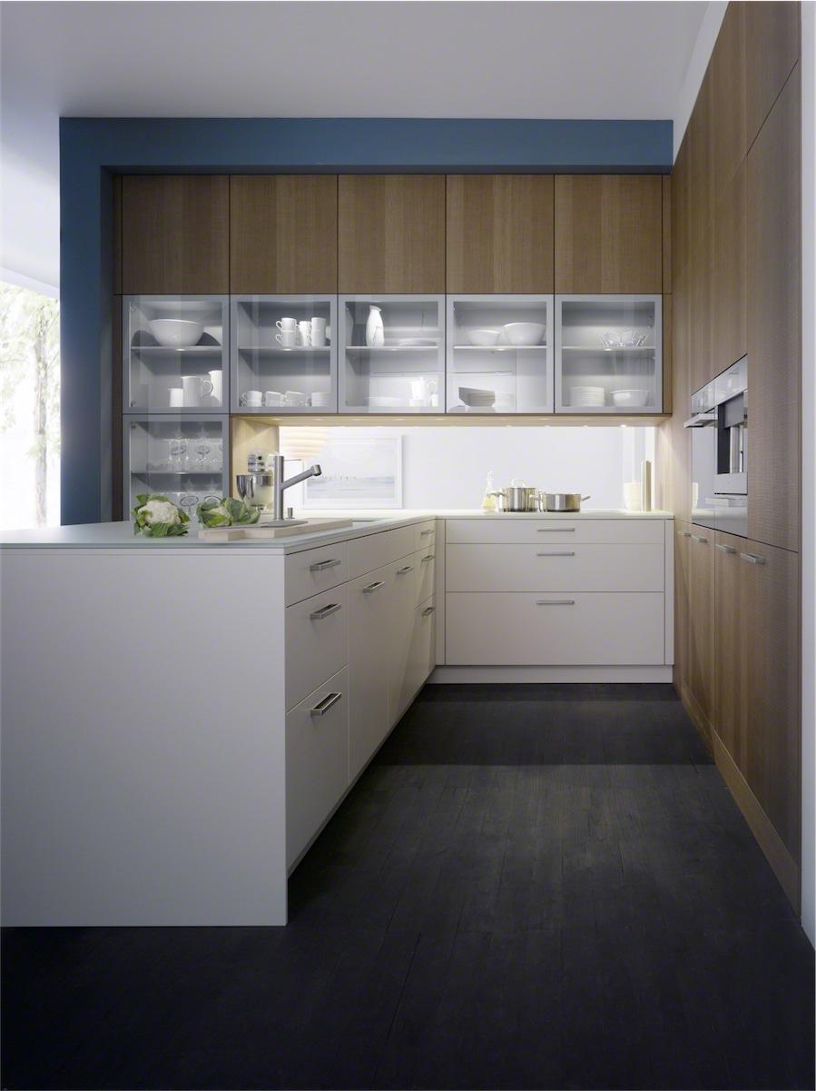 Leicht Kitchen: Kitchen Arrangements London