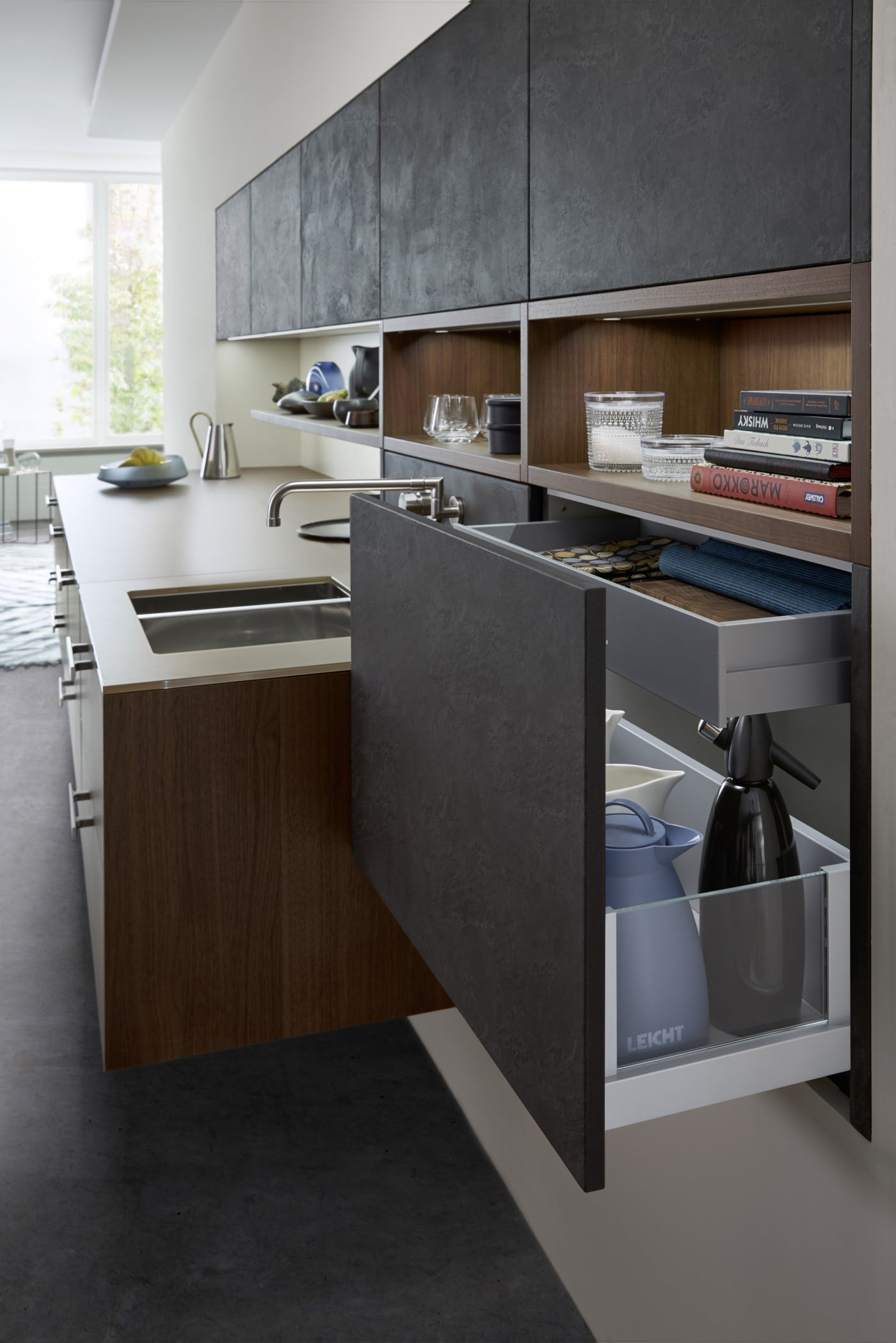 topos concrete kitchens kitchen showroom in fulham elan kitchens. Black Bedroom Furniture Sets. Home Design Ideas