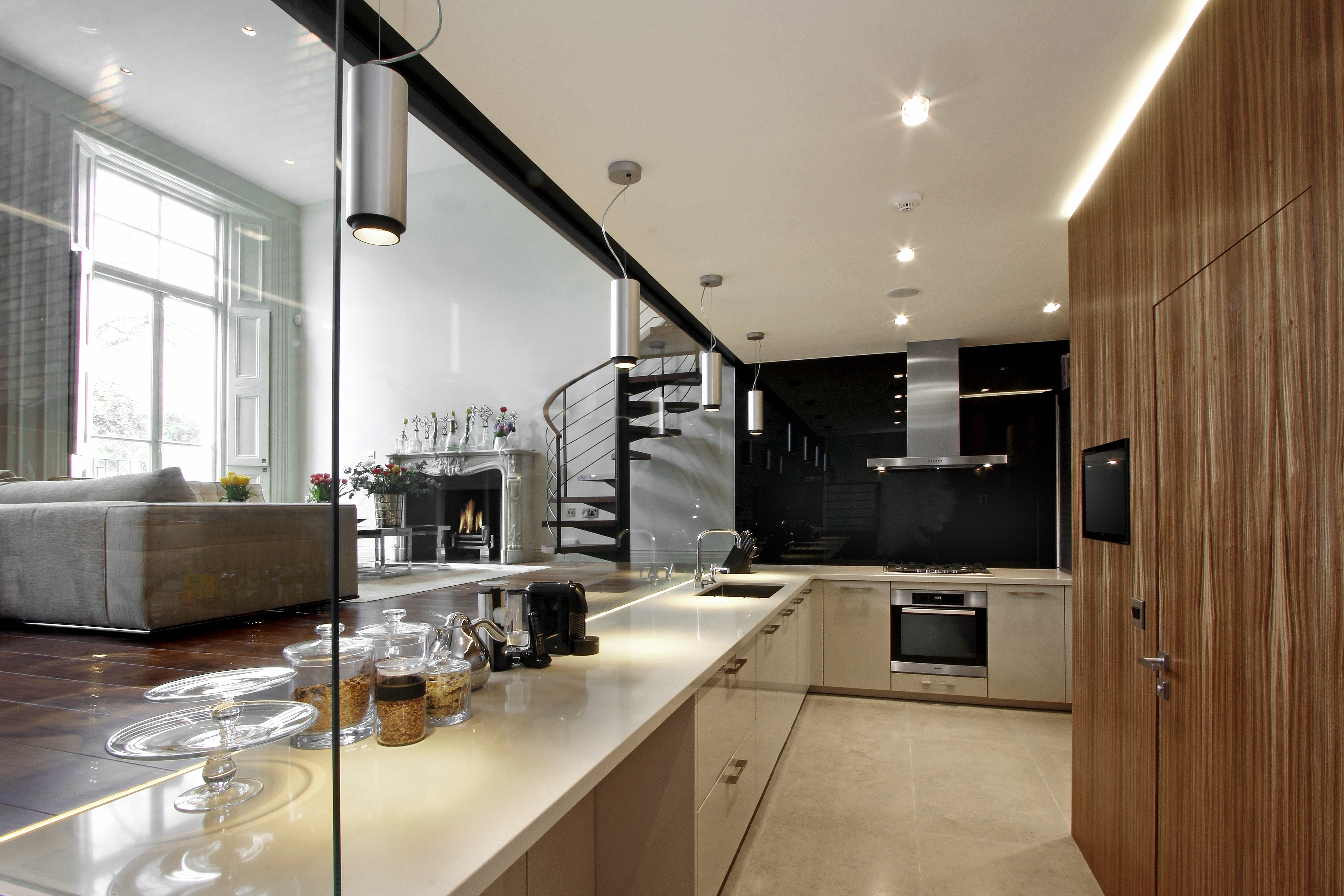 Our kitchens gallery modern kitchen designs london for Kitchen ideas london