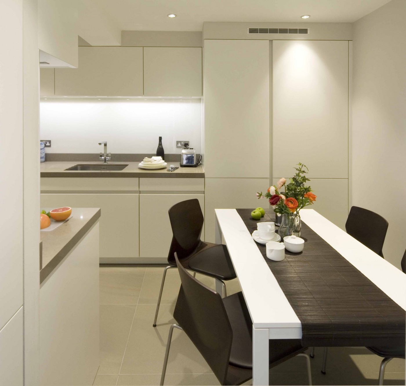 Sloane Street Apartments: Kitchen Transformation In Sloane Street, Knightsbridge, London
